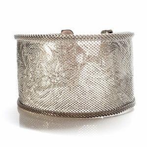 Vintage Mesh Bracelet Engraved Floral Detials